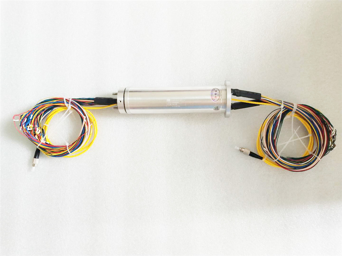 <b>Photoelectric combined slip ring DHS045-60-1F ( 0.75kg )</b>